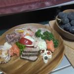 「OKオートキャンプ場」③朝食はベーコンエッグ